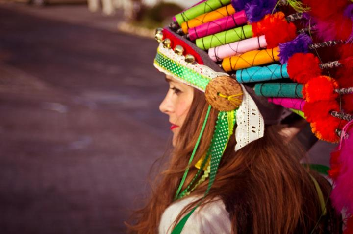 Aztec-inspired headdress Image by Tanya Viljoen Headdress by Karien Mulder